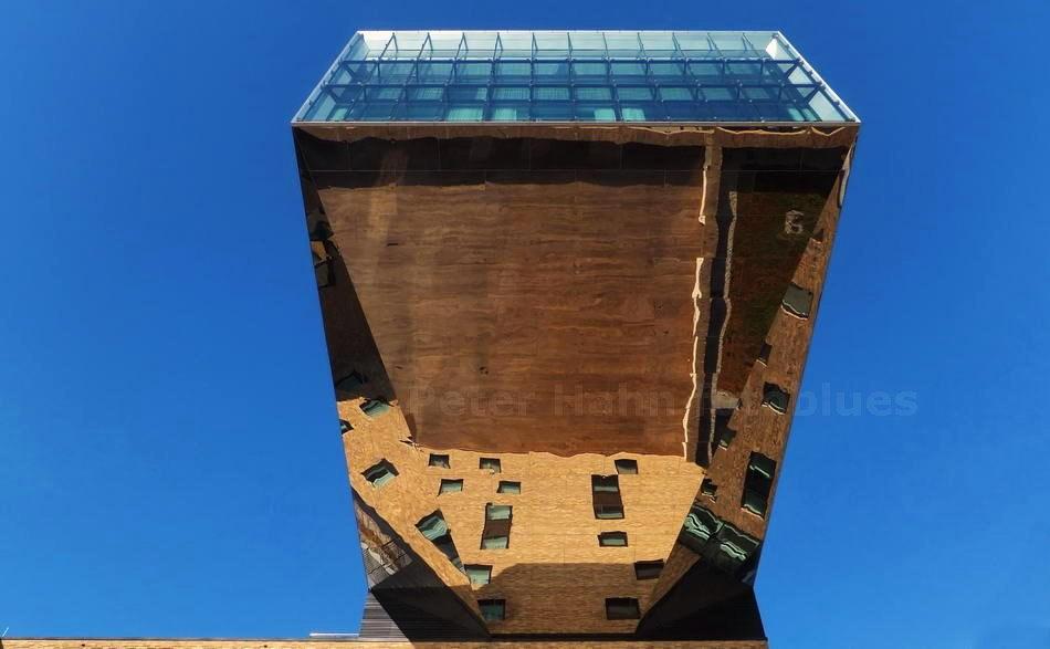NHOW HOTELES AN DER SPREE - BERLIN-FRIEDRICHSHAIN