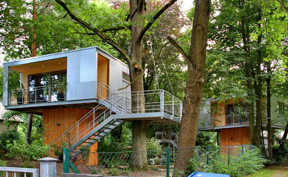 TREE HOUSES ALS APPARTMENT - BERLIN-ZEHLENDORF