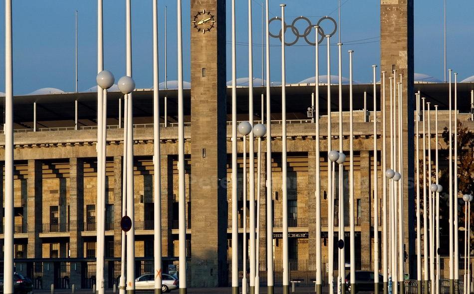 OLYMPIASTADION - HAUPTEINGANG OLYMPISCHER PLATZ - BERLIN-CHARLOTTENBURG