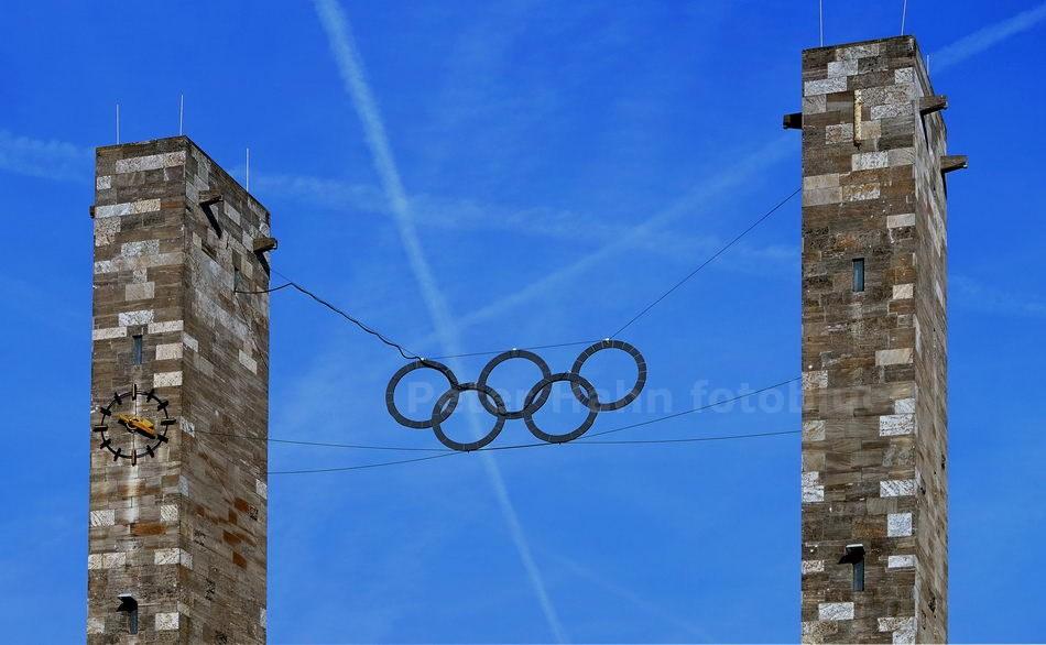 OLYMPIASTADION - OLYMPIARINGE - BERLIN-CHARLOTTENBURG