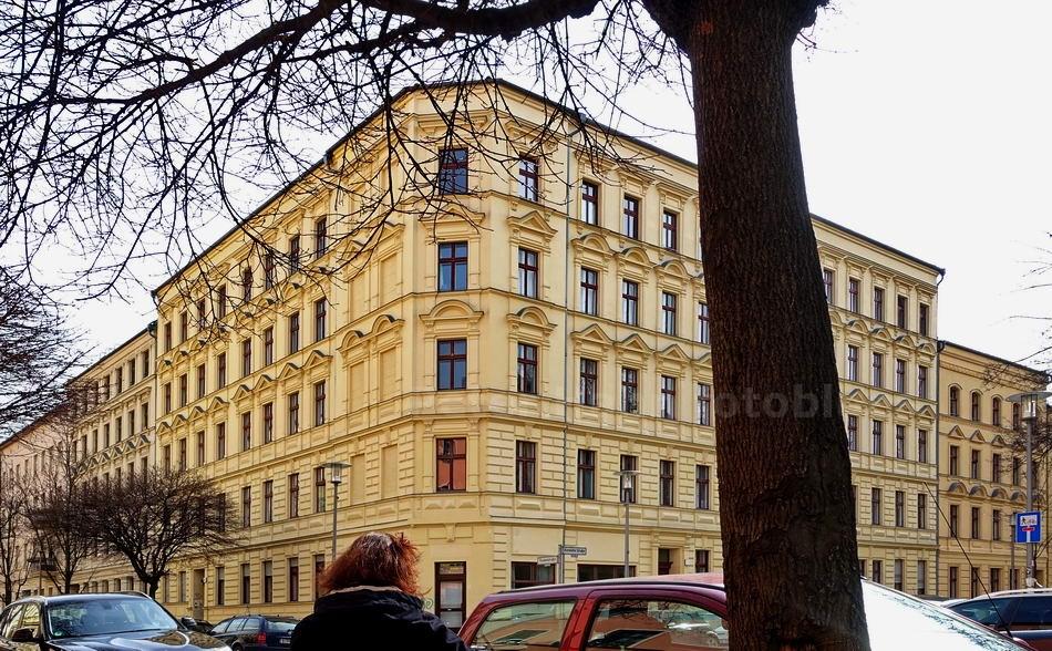 RESTAURIERTER GRÜNDERZEITBAU IN DER VICTORIASTADT - BERLIN-LICHTENBERG