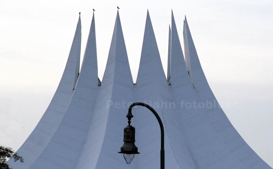 KUPPEL DES TEMPODROMS - BERLIN-KREUZBERG