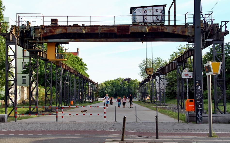 ALTES  AEG-INDUSTRIEAREAL - BERLIN-OBERSCHÖNEWEIDE