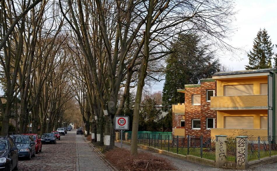 ALLEESTRASSE - BERLIN-LICHTERFELDE