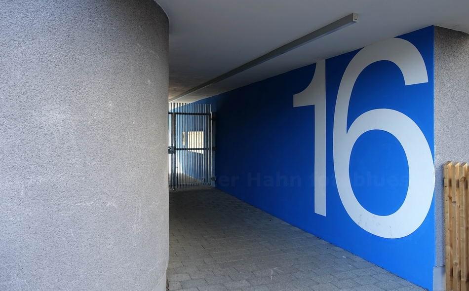 16 - BERLIN-PANKOW