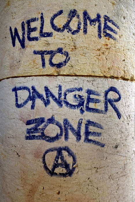 WELCOME TO DANGER ZONE - BERLIN-FRIEDRICHSHAIN