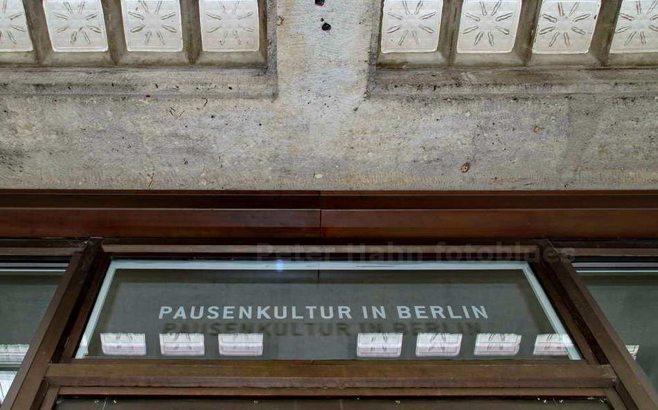 PAUSENKULTUR - BERLIN-TEMPELHOF