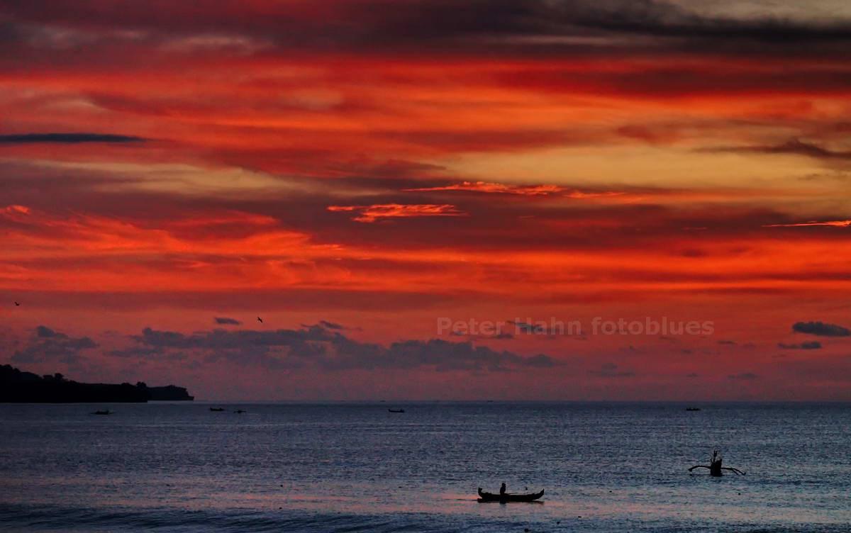 SONNENUNTERGANG - JIMBARAN - BALI - INDONESIEN-INDONESIA