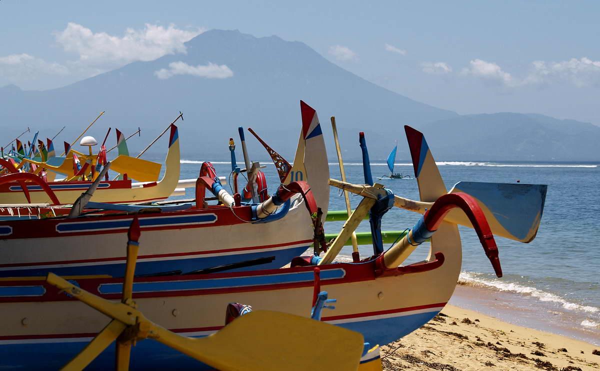 AUSLEGEBOOTE - SANUR - BALI - INDONESIEN-INDONESIA