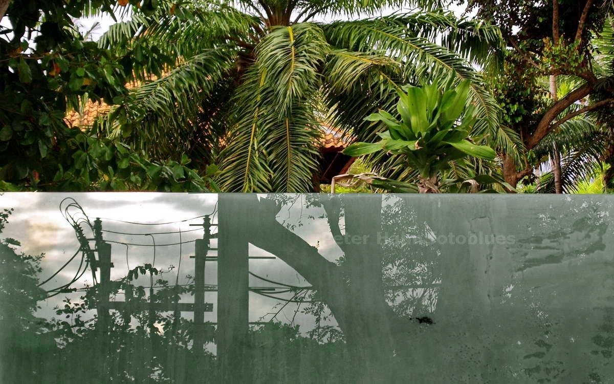 SPIEGELWAND - SANUR - BALI - INDONESIEN-INDONESIA