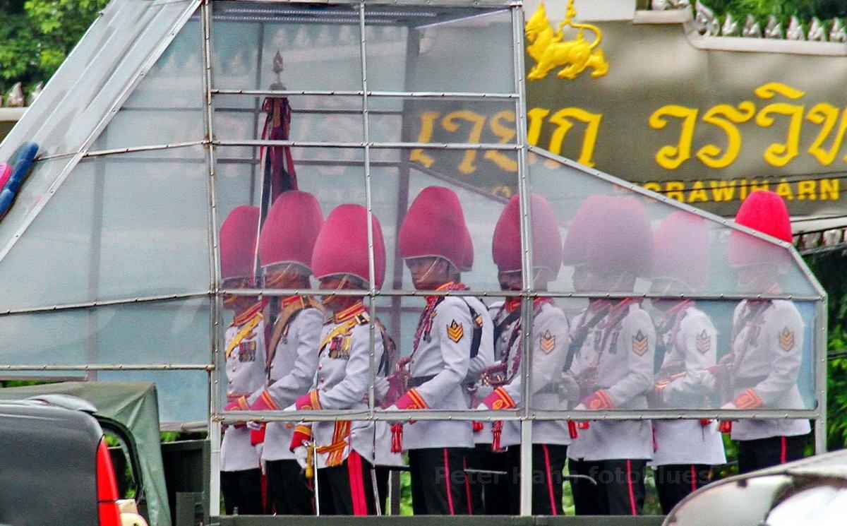 PARADEMENSCHEN ON TOUR - BANGKOK - THAILAND-THAI