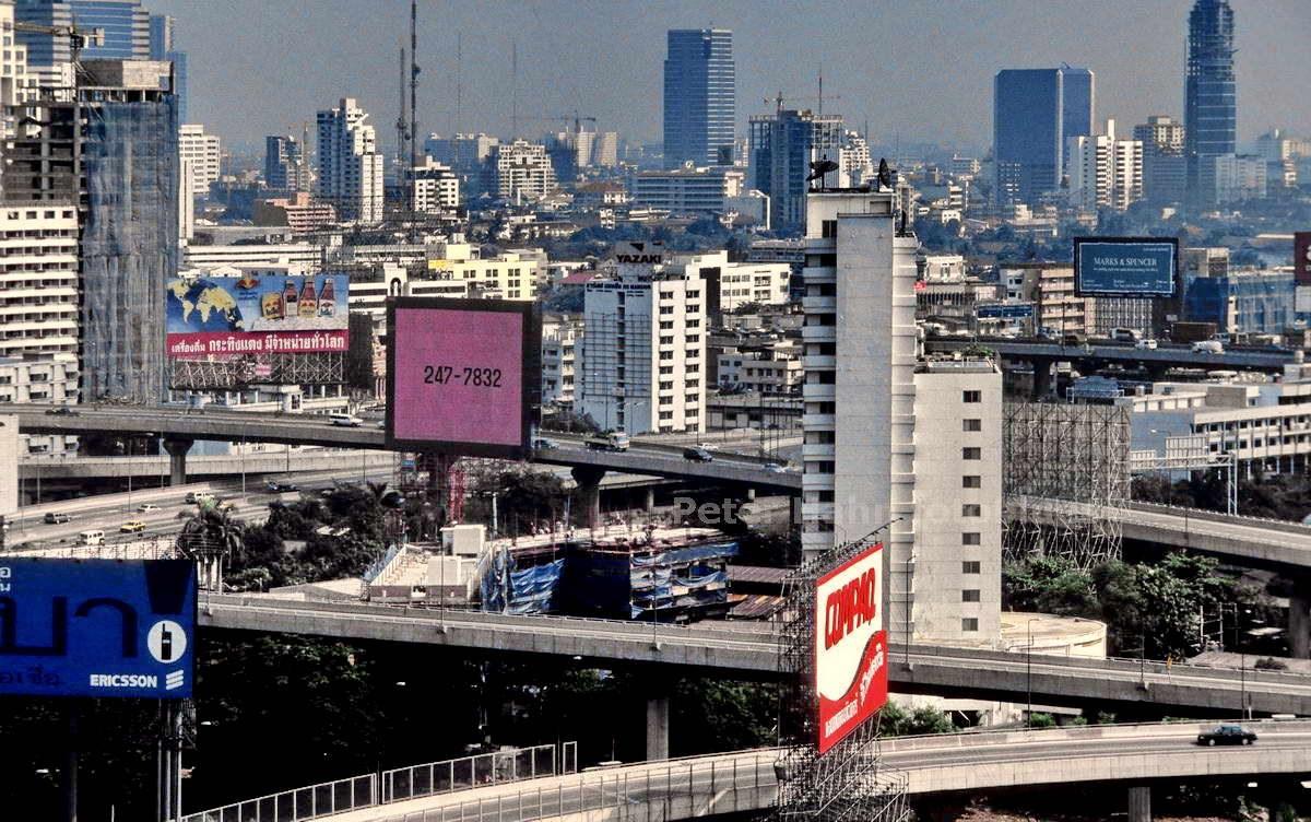 SHILOUETTE - BANGKOK - THAILAND-THAI