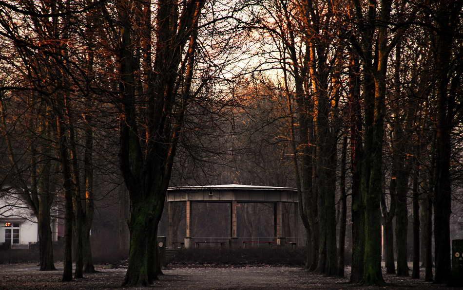 Peter Hahn fotoblues Impressionen Bäkepark Lichterfelde Berlin Lichterfelde Pavillion 2 konv1
