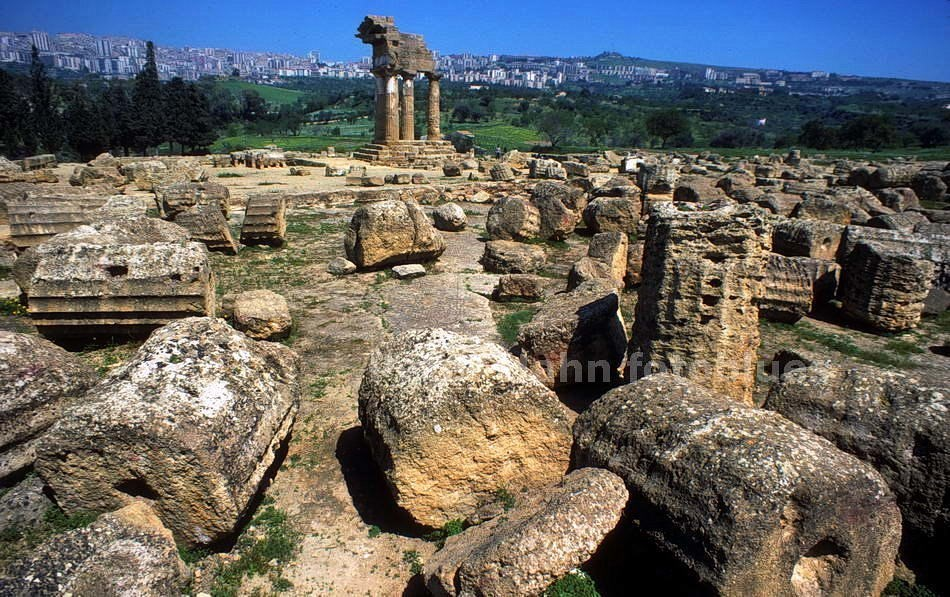 AGRIGENTO - SICILIA-ITALY - ALT-GRIECHISCHE TEMPELRUINEN