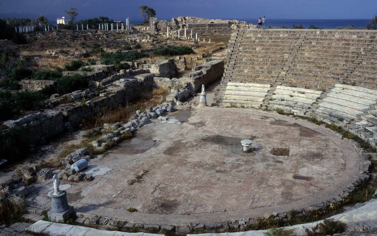 SALAMIS - FAMAGUSTA-TURKISH NORTH CYPRUS - ANTIKES THEATER