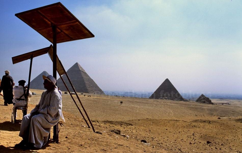 GIZE - KAIRO-EGYPT - PYRAMIDEN
