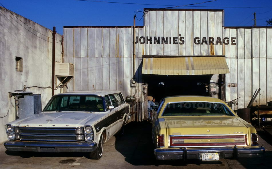 FORT MYERS - FLORIDA-USA - JOHNNIES GARAGE