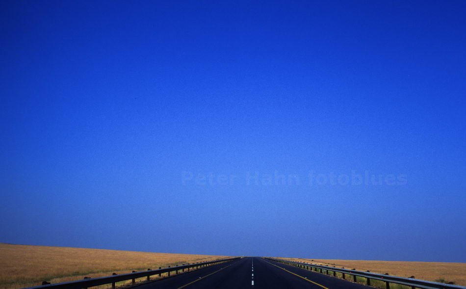 COLESBERG - NOTHERN CAPE - SOUTH AFRIKA - NATIONALROAD NR. 1