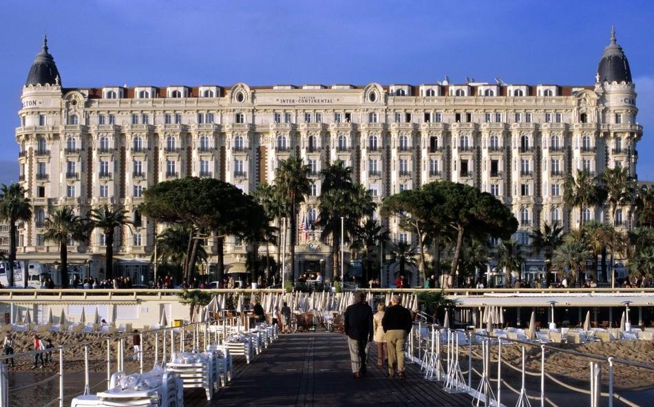CANNES - FRANCE - HOTEL CARLTON AN DER CROISETTE