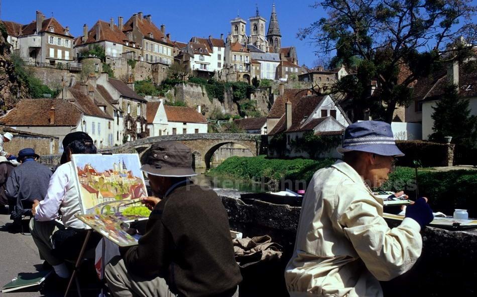 SEMUR EN AUXOIS - BOURGOGNE-FRANCE - MALERISCH