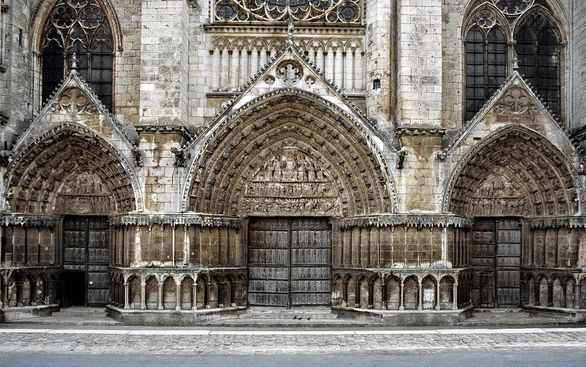 POITIERS - FRANKREICH-FRANCE - KATHEDRALE