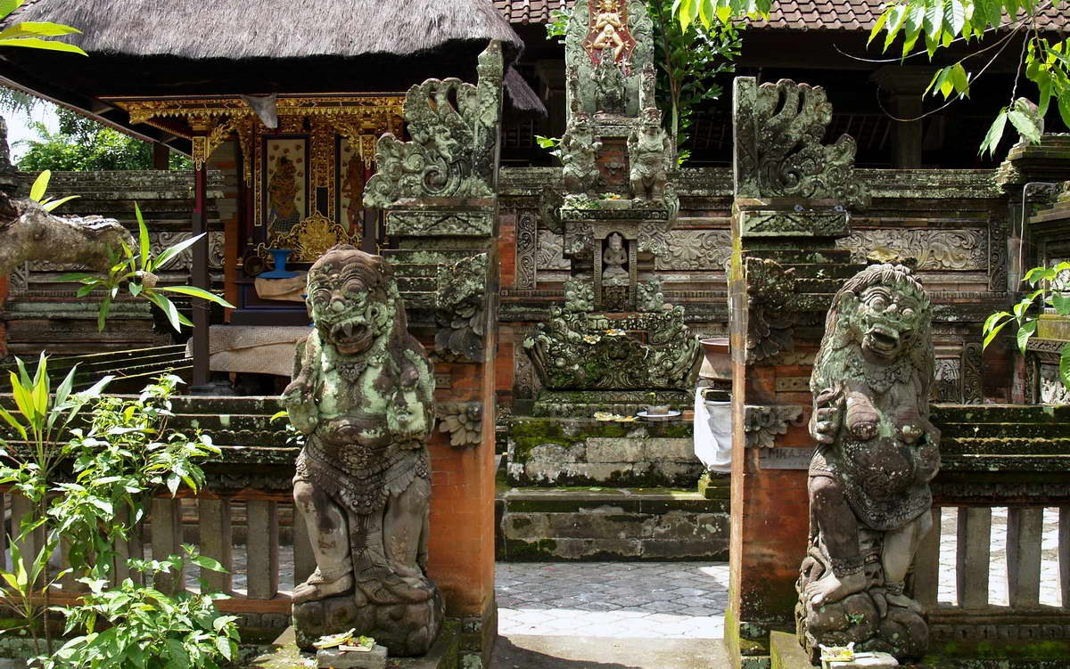 BATUAN - BALI - INDONESIEN - PURA PUSEH DES TEMPEL
