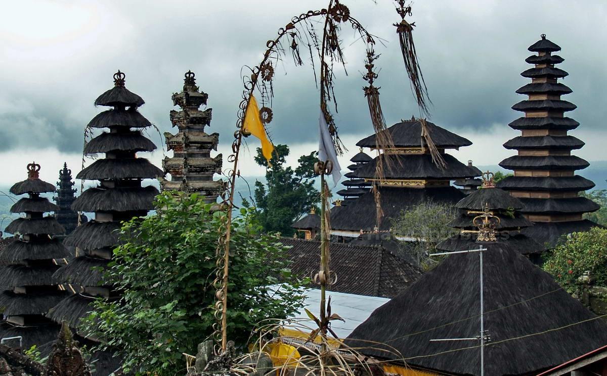 BESAKIH - BALI - INDONESIEN-INDONESIA - MUTTERTEMPEL