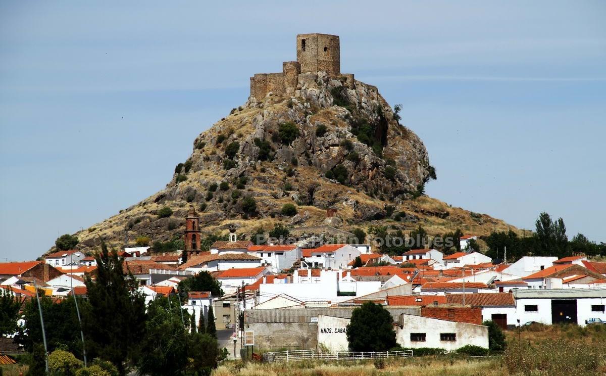 BELMEZ - CORDOBA-ANDALUSIEN - SPANIEN-SPAIN - BURG