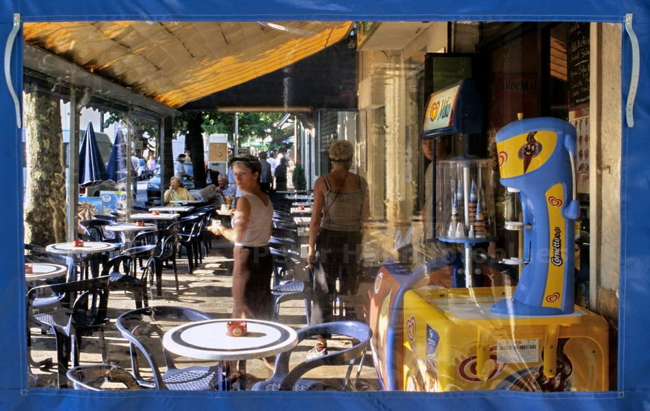 CAFE VUE - ST. HIPPOLYTE - FRANCE